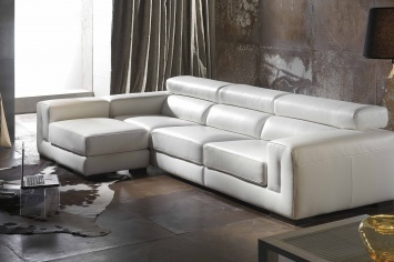 524 SOFA CHAISELONGUE EN PIEL