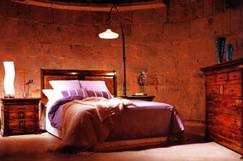 381 BEDROOM