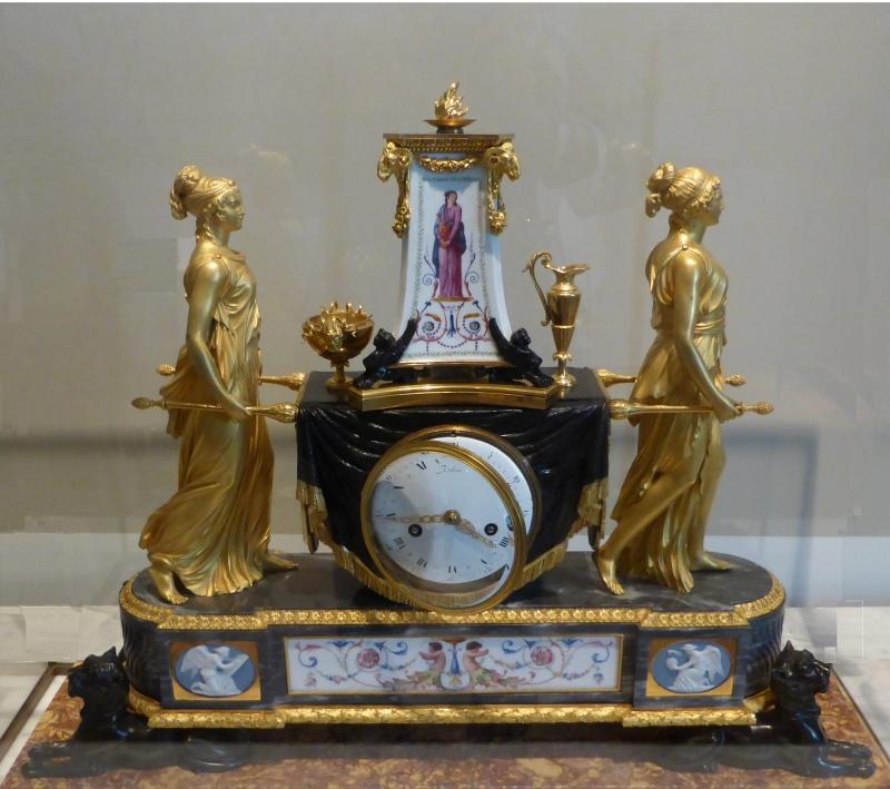 Reloj de las vestales torres y guti rrez for Muebles torres y gutierrez